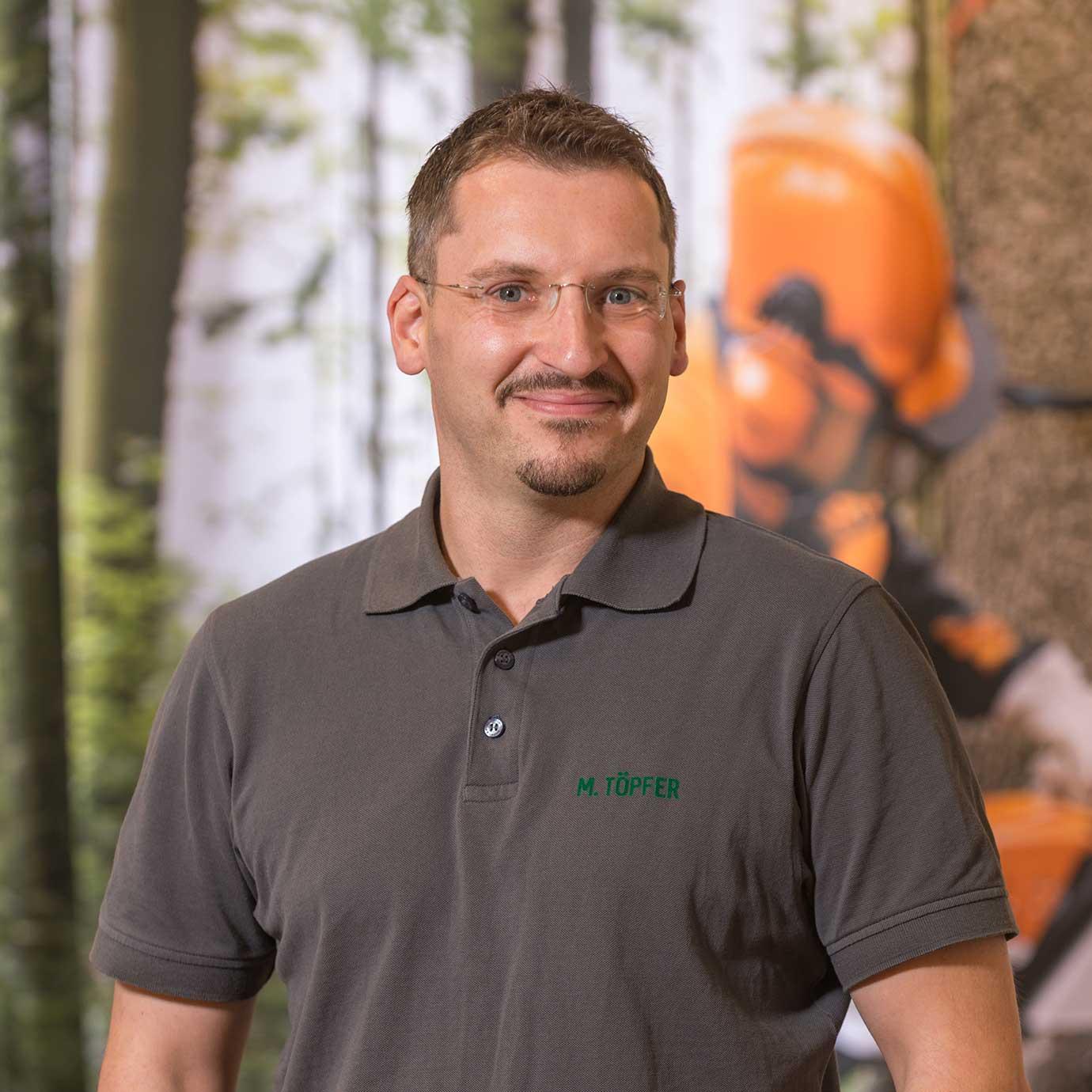 Mitarbeiter Töpfer der Forst- und Gartenmarkt Uder GmbH