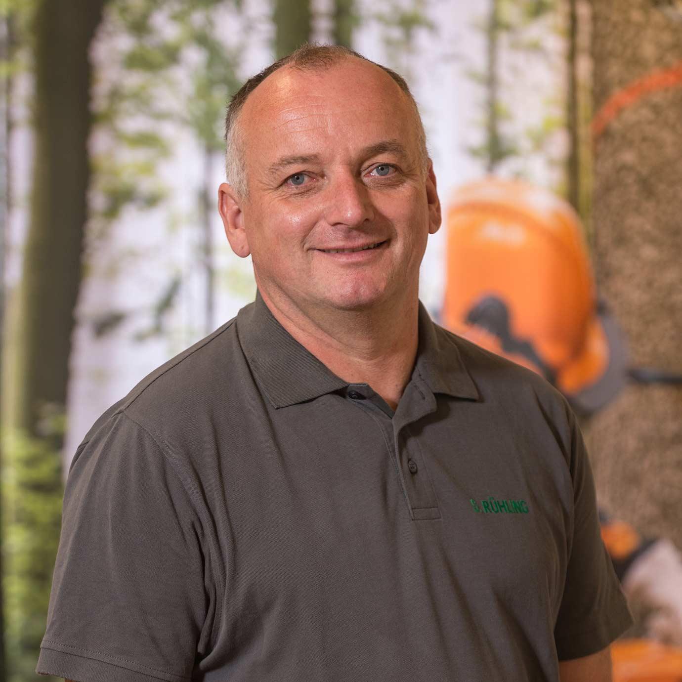 Geschäftsführer Rühling der Forst- und Gartenmarkt Uder GmbH